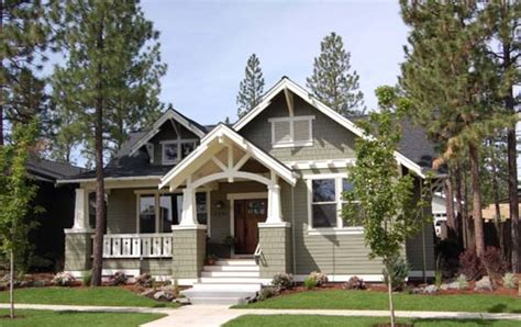craftsman style single story house plans usually include a wide front porch house style design