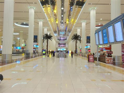 emirates terminal 3 jakarta landing in dubai international airport terminal 3 doovi