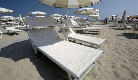bagno levante porto garibaldi spiagge realizzate ombrellificio magnani