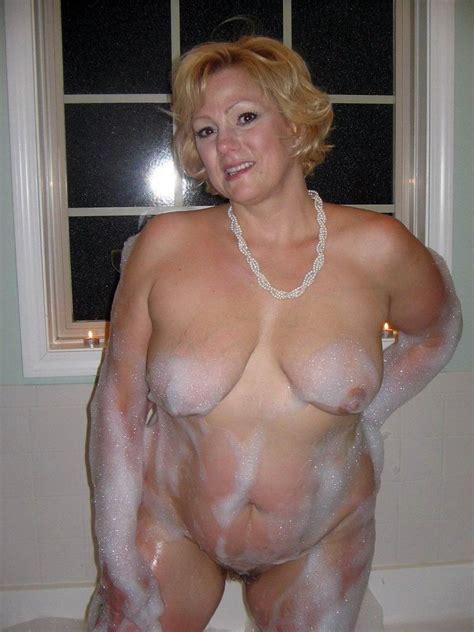 Milf 1052  In Gallery Mature Ladies Super Hot Milfs