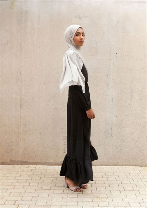 Inayah Maxy 21 best modest summer maxi dresses abayas 16 images on