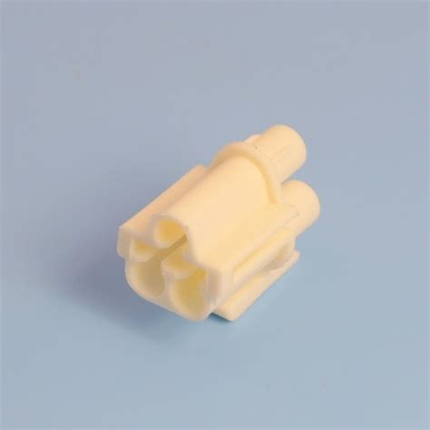 3 way white receptacle housing