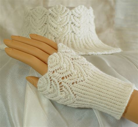 wrist warmers free knitting pattern free knitting patterns wrist warmers