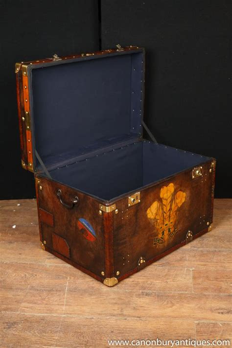 single steamer trunk leather box coffee