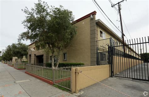 1 bedroom apartments for rent in paramount ca apartment in paramount 2 bed 1 bath 1400