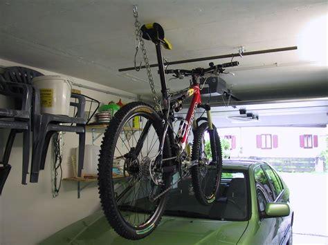 fahrrad in der garage aufhängen aufbewahrung 4 r 228 dern in einer garage was gibt es da