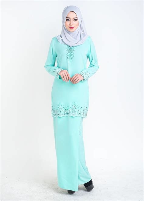 Baju Sequin Lace 22 best images about kurung moden lace on lace mermaids and emerald green
