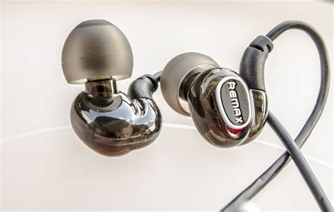 Headset Remax Rm S1 Original remax rm s1 pro sports in ear wired earphone portable
