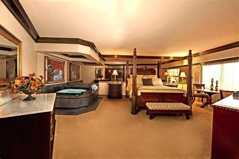 peppermill reno rooms peppermill resort spa casino in reno hotel rates reviews on orbitz
