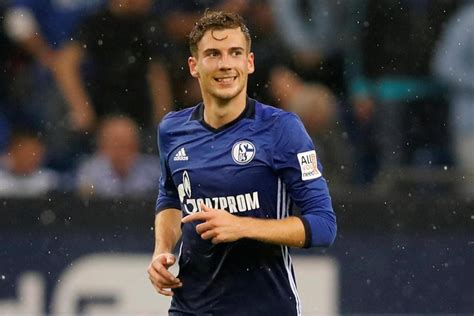 is juve arsenal and man utd target zidane s new scapegoat manchester united and arsenal target leon goretzka is the