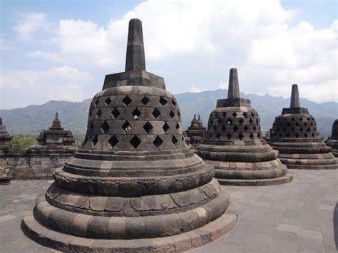 stupa candi borobudur foto candi borobudur borobudur tripadvisor