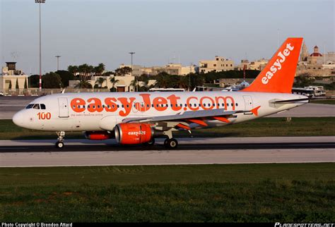 easyJet cancels all Moscow flights