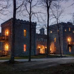 new plymouth oh ravenwood castle 27 photos 17 reviews hotels 65666