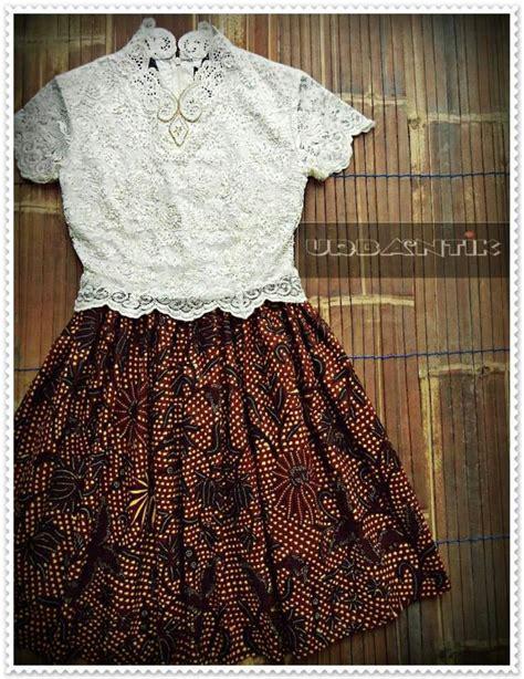 desain dress batik kebaya the gorgeous one batik pinterest beautiful kebaya