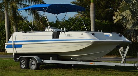 hurricane deck boat hull hurricane 246 fun deck 1995 for sale for 9 500 boats