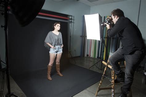 best softboxes for photography umbrellas vs softboxes which should you use savage