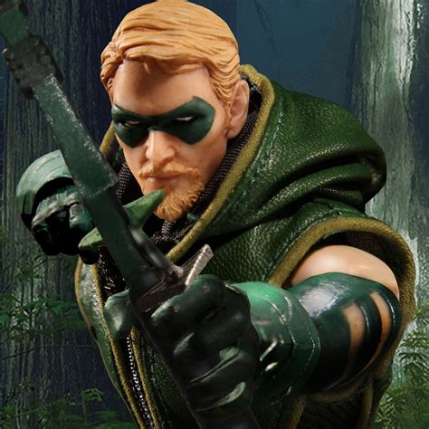 Green Arrow 12 mezco one 12 collective green arrow pre orders live today