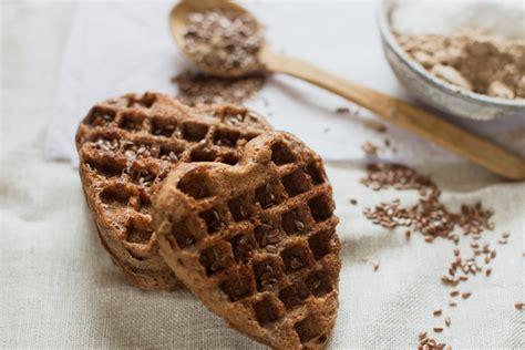 cucinare semi di lino farina di semi di lino perch 233 fa bene e come utilizzarla