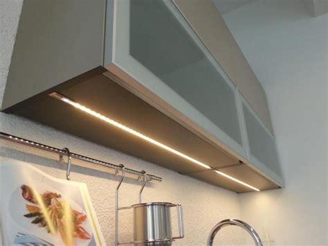 eclairage sous meuble led cuisine