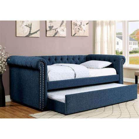 day bed with trundle 1000 ideas about small bedroom arrangement on