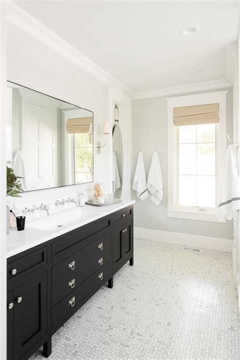 bells bathrooms 423 best images about benjamin moore paint on pinterest hale navy paint colors and