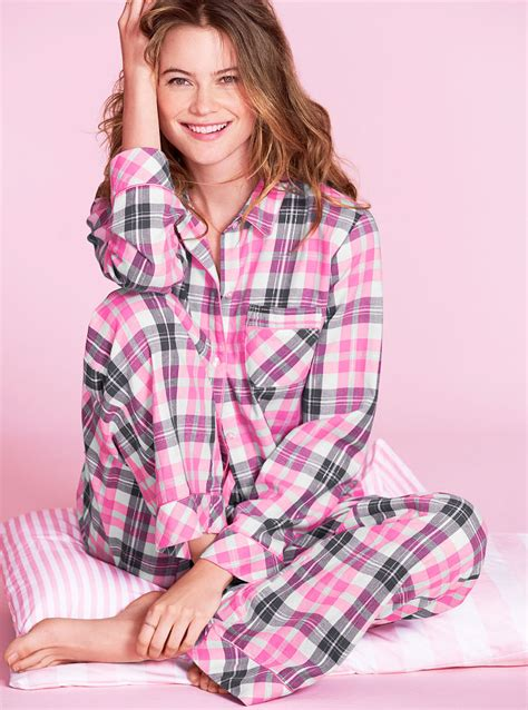 7 Victorias Secret Pajamas by S Secret The Dreamer Flannel Pajama In Pink