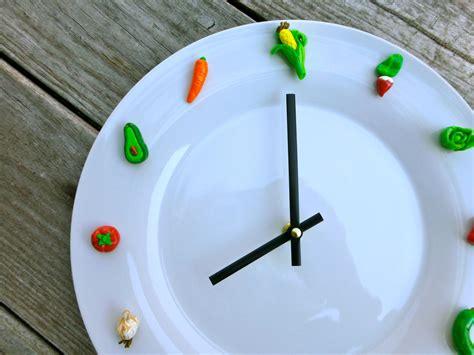 Handmade Clock - 26 extremely creative handmade wall clocks style motivation