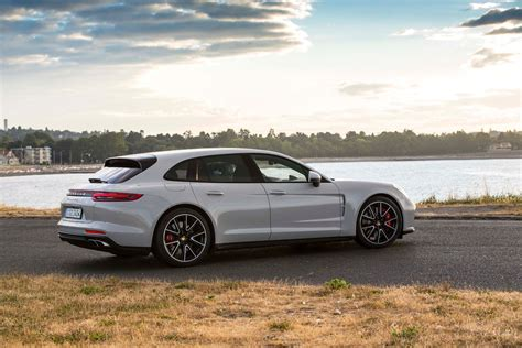 porsche panamera sport 2018 porsche panamera sport turismo drive review