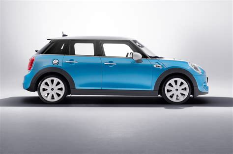 2015 Mini Cooper Hardtop 4 Door by 2015 Mini Cooper Hardtop 4 Door Side View Studio Photo 24