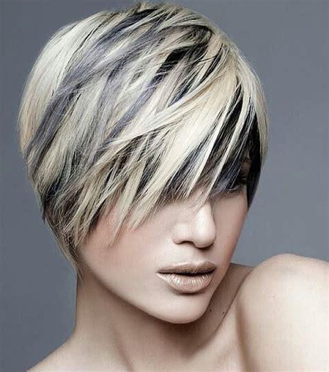 cabello corto con mechas y luces as lo usan las famosas mechas en pelo corto 2 maneras f 225 ciles de hacerlas