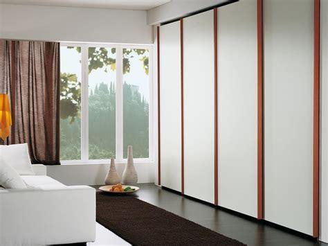 armadi per alberghi armadio con 4 ante in stile minimalista per alberghi