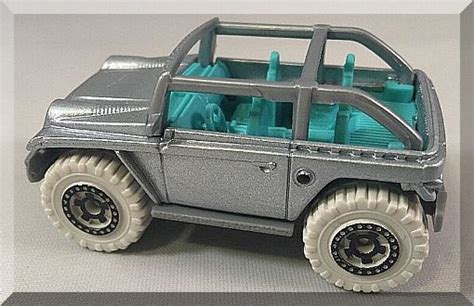 Diecast Matchbox Jeep Anniversary Edition Willys Silver matchbox jeep willys jeep anniversary edition 2 8 2016 silver edition contemporary