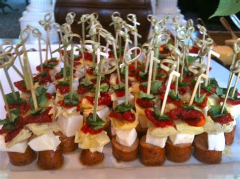 light snacks for party steered beef tenderloin cubes and horseradish cream