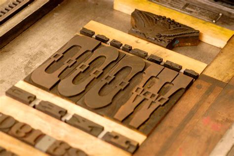 American Wood Type woodtyper 187 american wood type reissued