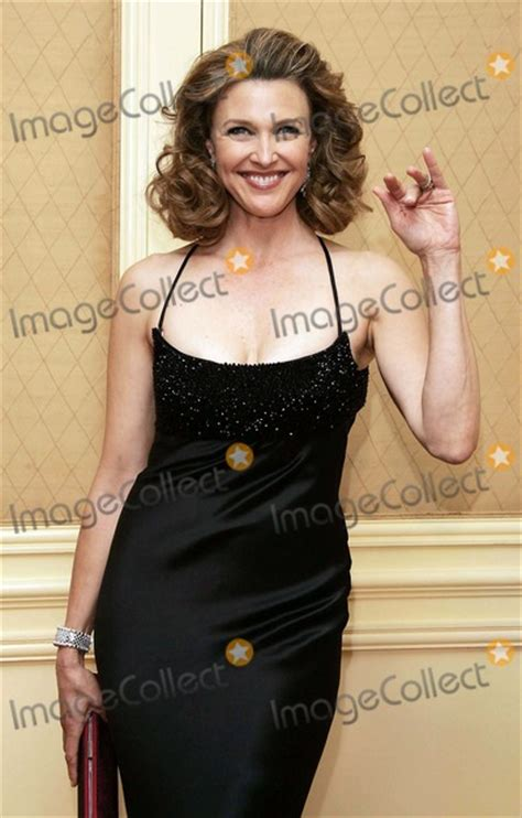 photos and pictures brenda strong 9th annual costume photos and pictures brenda strong 9th annual costume designers guild awards beverly
