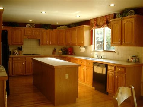 Painting Kitchen Cabinets Off White by Ask Maria How To Coordinate Finishes With Oak Cabinets