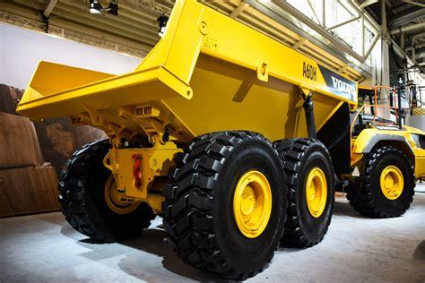 volvo heavy trucks volvo ce unveils 60 ton a60h articulated dump truck