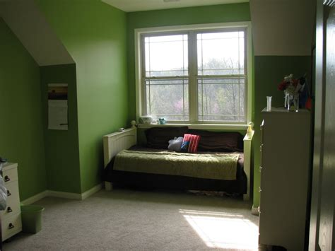 paint ideas for small bedrooms with awesome green wall painting and white for ceiling design of