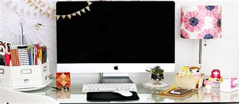 cute desk ideas for work cute and creative ways to decorate your desk at work