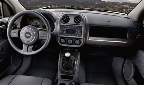 jeep patriot interior 2017 custom jeep patriot interior www imgkid com the image
