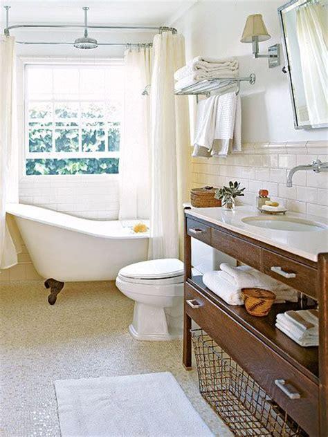 yellow clawfoot tub bathroom ideas pinterest 25 best ideas about clawfoot tub shower on pinterest