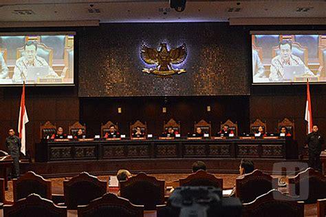 hakim mk sebut pernyataan komnas perempuan  sidang uji