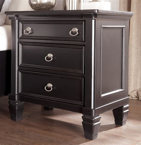 greensburg bedroom furniture greensburg storage sleigh bedroom set b671