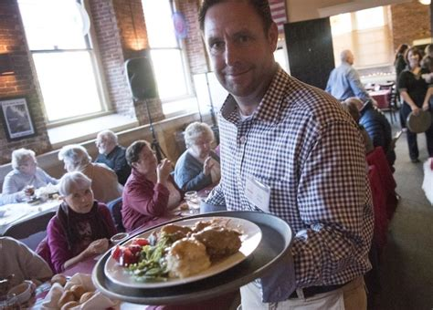blue latitudes hosts about 350 for thanksgiving dinner