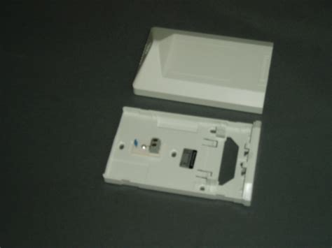 Honeywell Room Temperature Sensor honeywell t7412a 1018 room temperature sensor