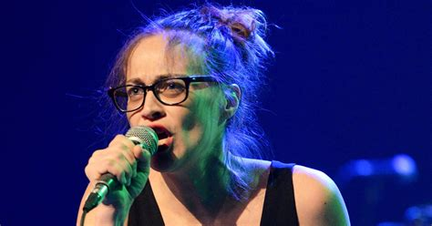 Donald Trump Song by Watch Fiona Apple Yell Donald Trump F K You At