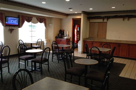 discount coupon  red roof inn suites detroit