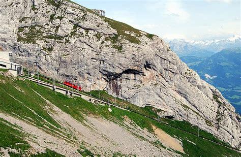 cremagliera pilatus lucerna e il pilatus svizzera laghi monti al top