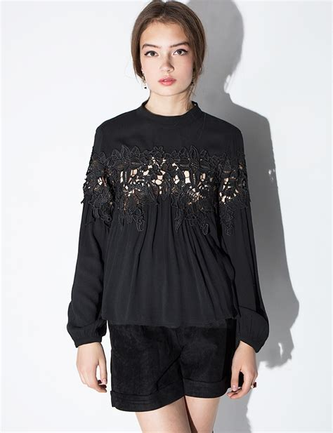 Flowy Baloon Sleeve Top black floral lace flowy blouse
