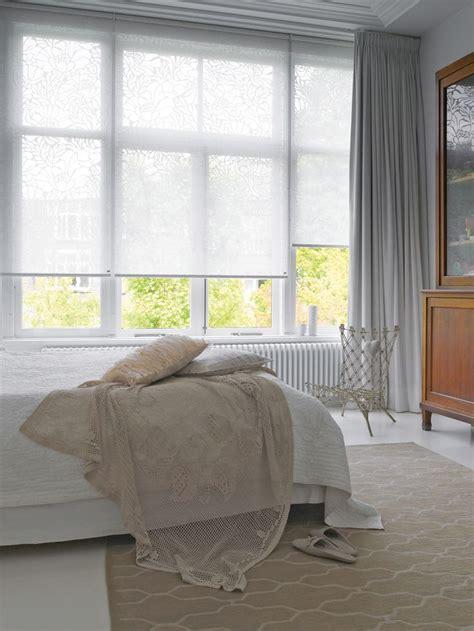 gardinen rollos wohnzimmer 1000 ideen zu wohnzimmer jalousien auf